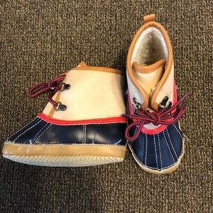 Adorable 18-24 month baby GAP booties!